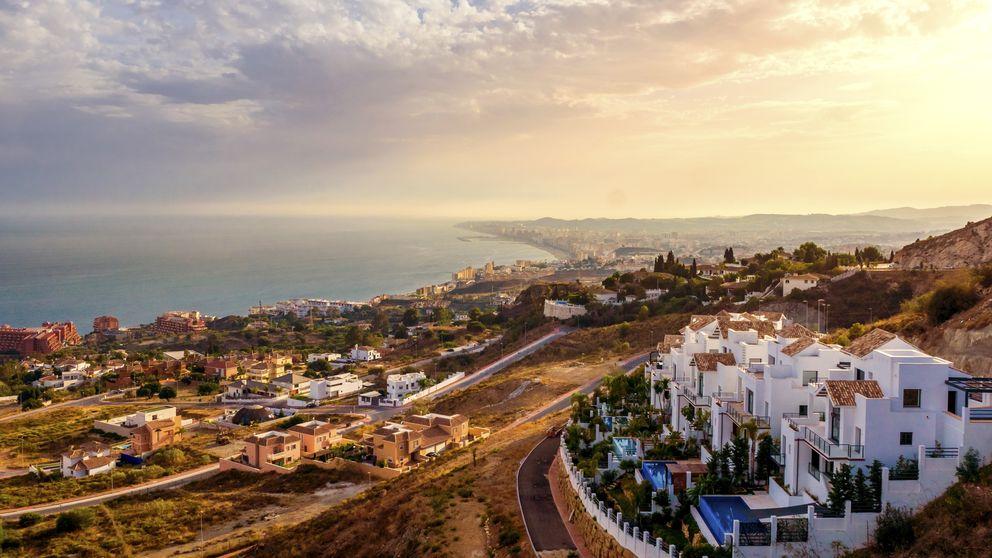 Vuelven las grúas a Marbella, que lidera la recuperación del ladrillo