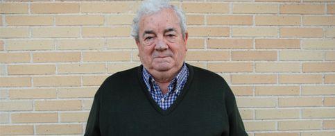 Foto: Un jubilado concibe un ladrillo antisísmico al observar una obra