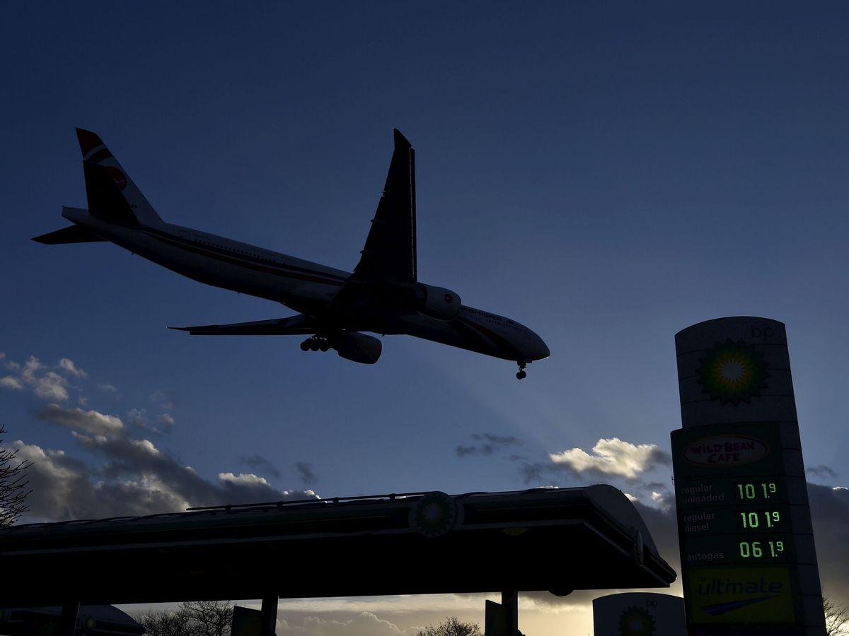 Foto: Un avión entrando en Heathrow.