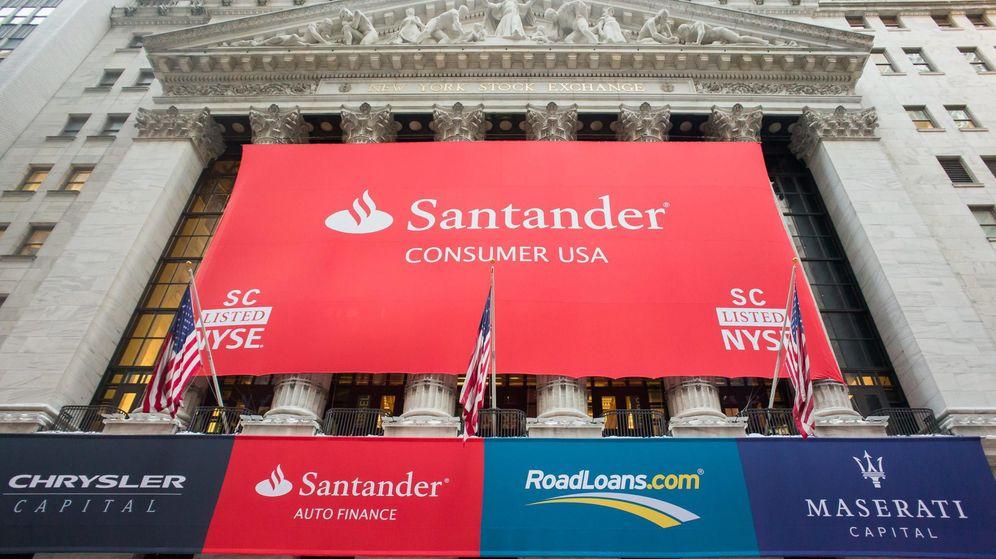 Foto: Telón de Santander Consumer en Wall Street. (EFE)