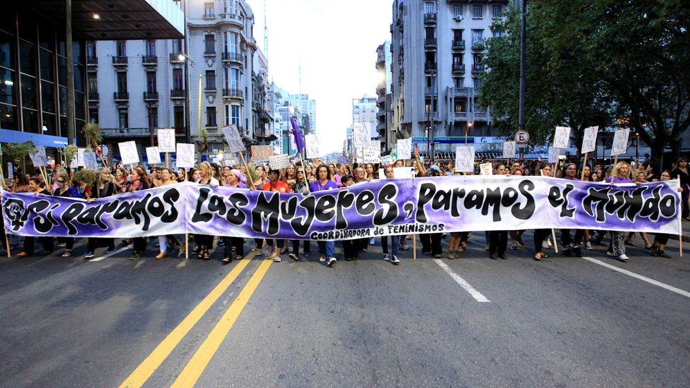 Foto: Marcha en conmemoración del Día Internacional de la Mujer. (EFE)