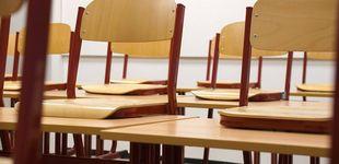 Post de El 'desk challenge' ya ha dejado víctimas: 15 alumnos expulsados por reproducir el reto