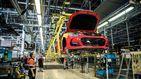 La exportación de coches se hunde mientras se dispara la de carne, fruta y medicinas