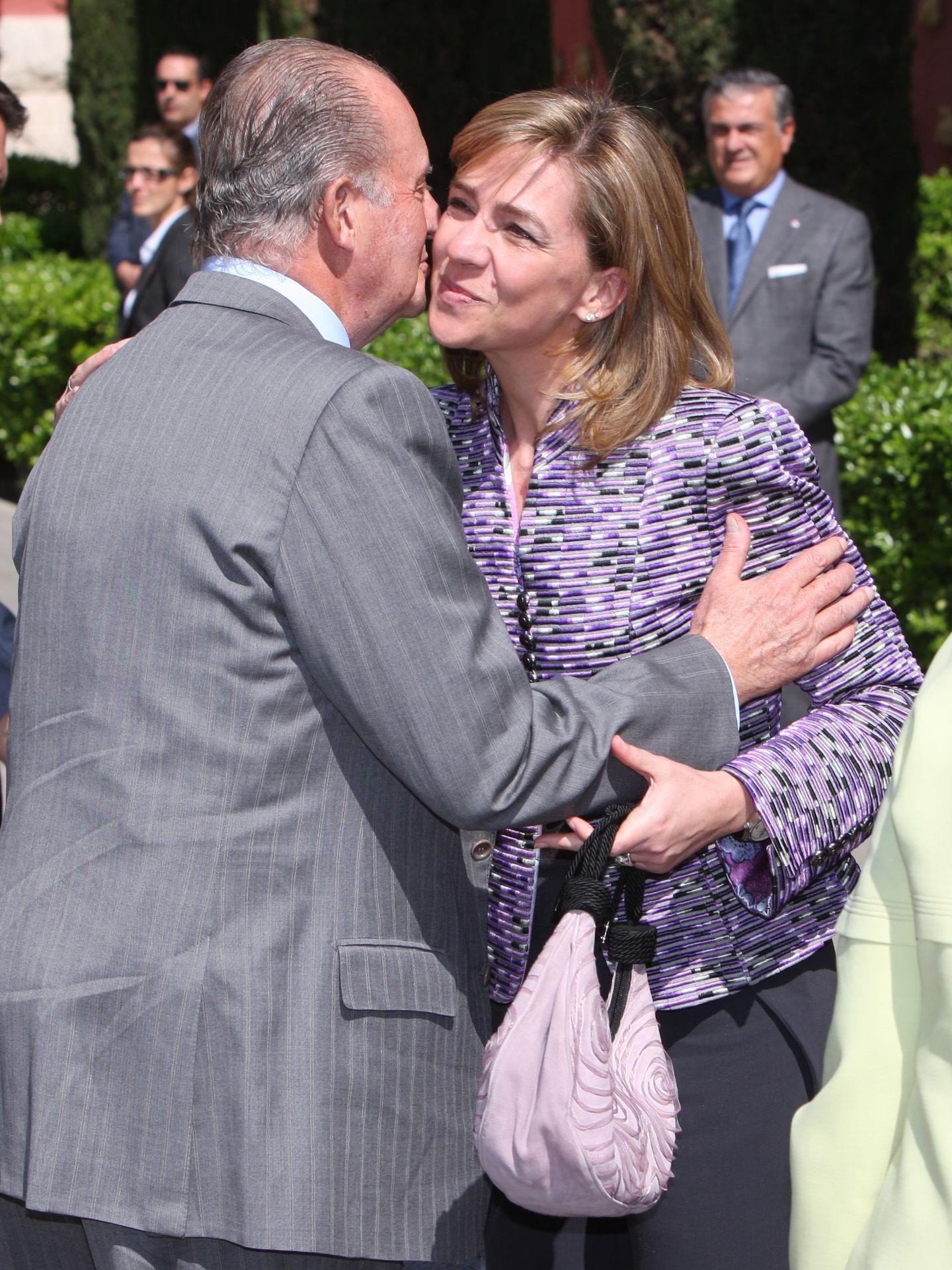 La infanta Cristina y su padre, el rey don Juan Carlos, en una imagen de archivo (I.C.)