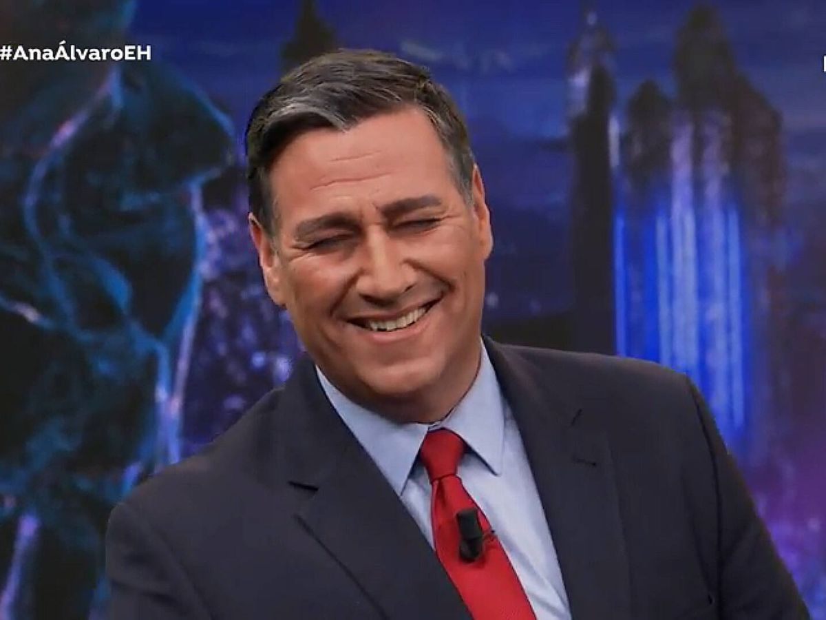Foto: Latre, como Pedro Sánchez en 'El hormiguero'. (Antena 3)