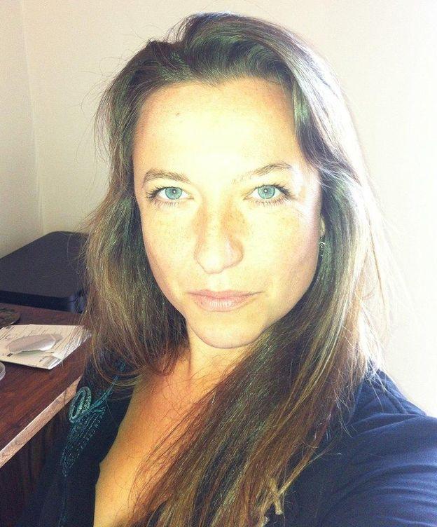 Foto: La autora trabajaba como analista financiera antes de dedicarse a explorar el poliamor. (Facebook)