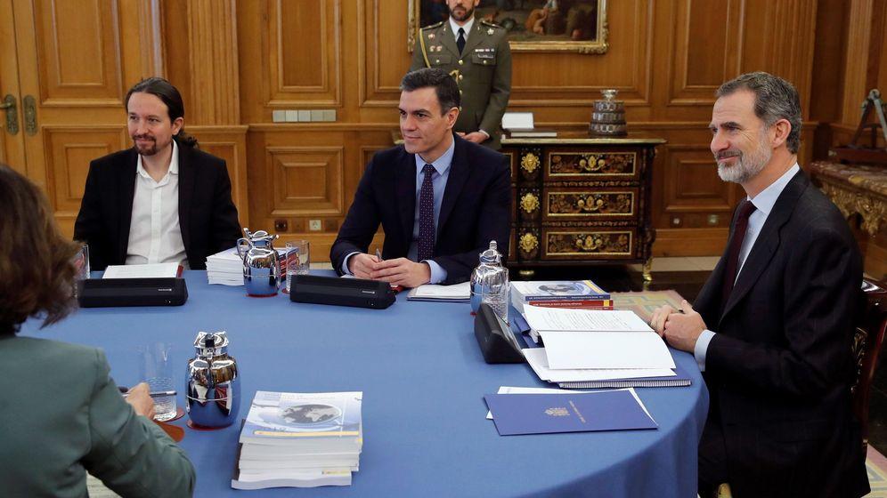 Foto: Pablo Iglesias, Pedro Sánchez y Felipe VI. (EFE)