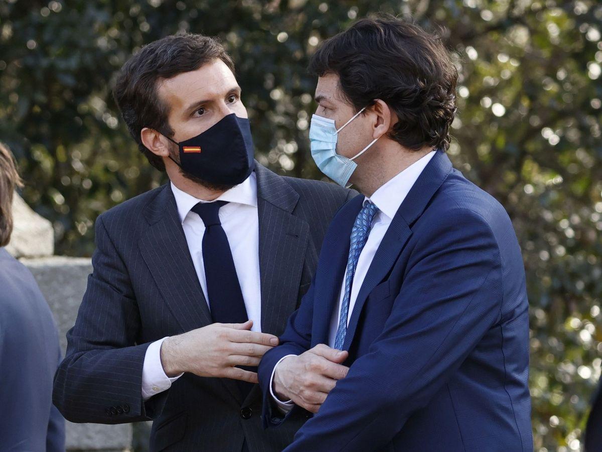 Foto: El líder del Partido Popular, Pablo Casado (i), y el presidente de la Junta de Castilla y León, Alfonso Fernández Mañueco. (EFE)