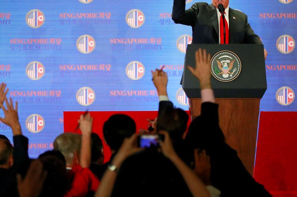 Foto: El presidente de EE.UU., Donald J. Trump, da una rueda de prensa tras su histórica cumbre con el líder norcoreano, Kim Jong-un. (EFE)