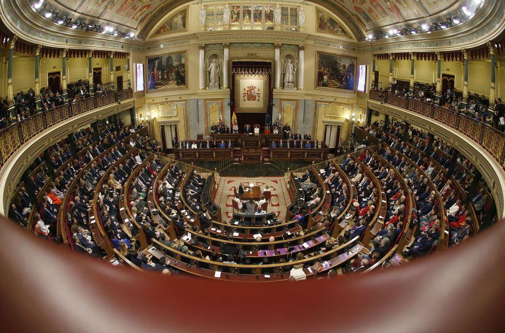 Foto: El pleno del Congreso, el pasado 3 de febrero, en la solemne apertura de las Cortes de la XIV Legislatura. (EFE)