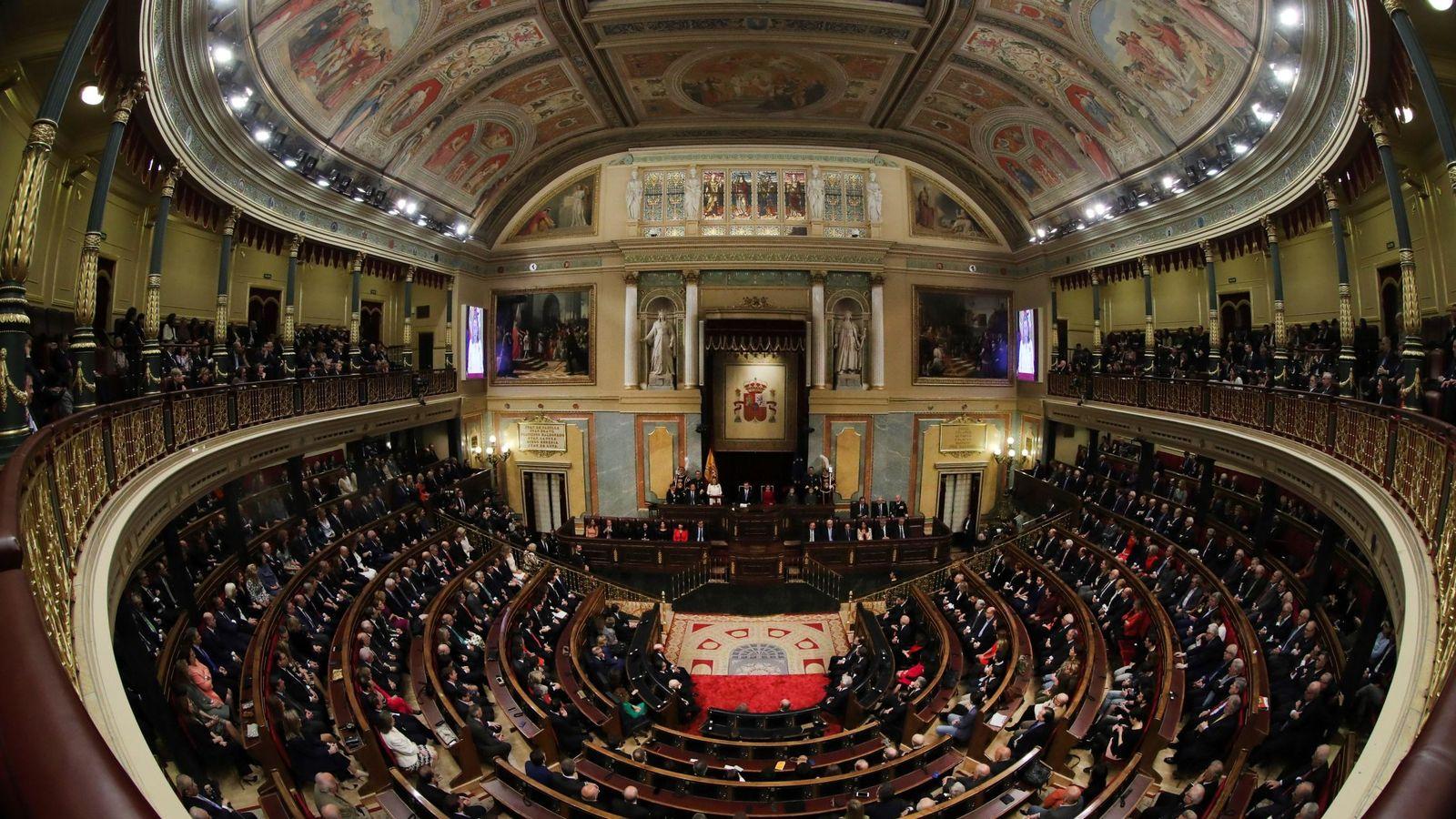 Foto: Vista general del hemiciclo del Congreso de los Diputados. (EFE)