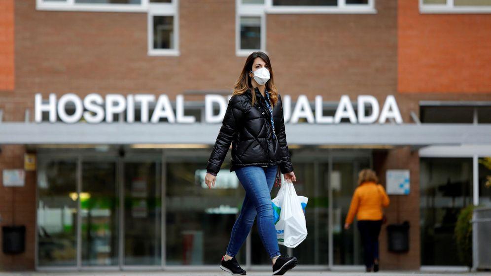 Foto: Vista de la entrada principal del Hospital de Igualada (Barcelona) (EFE)