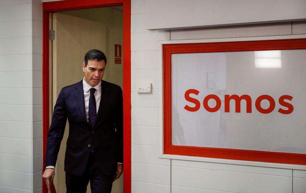 Foto: Pedro Sánchez, el pasado 15 de mayo en Ferraz tras su reunión en La Moncloa con Mariano Rajoy. (EFE)