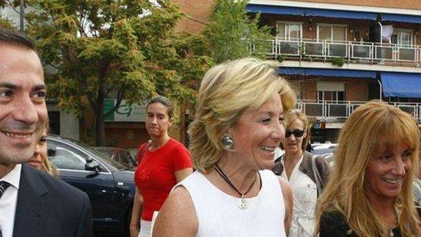 Foto: Isabel Gallego, junto a Esperanza Aguirre.