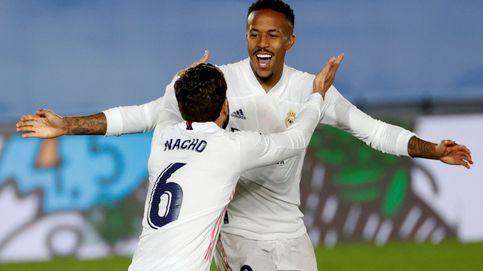 Eder Militao rescata al Real Madrid de los cuatro delanteros (2-0)