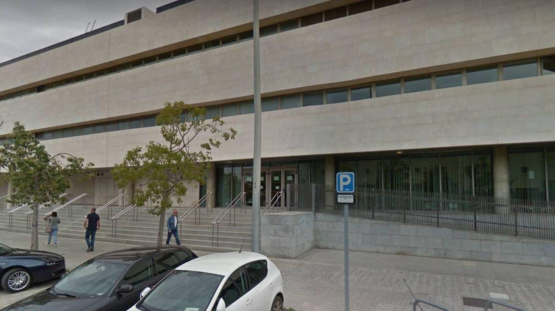 Acepta siete meses de prisión por agredir a una pareja al grito de maricones de mierda