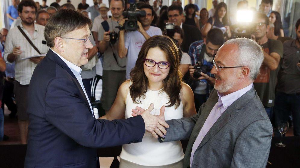 Foto: Los candidatos a la Presidencia del Gobierno valenciano del PSPV, Ximo Puig (i), Compromís, Mònica Oltra, y Podemos, Antonio Montiel (d). (EFE)