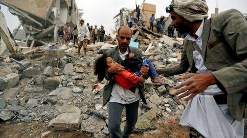 Una niña de 5 años se queda huérfana por bombardeo en Yemen