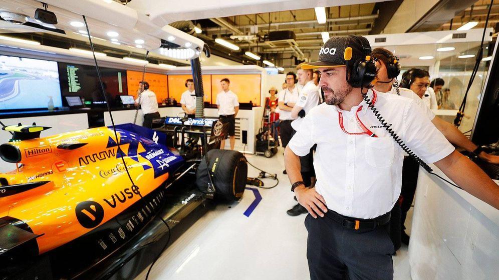 Foto: Fernando Alonso está presente este fin de semana en Abu Dabi con McLaren. (McLaren)