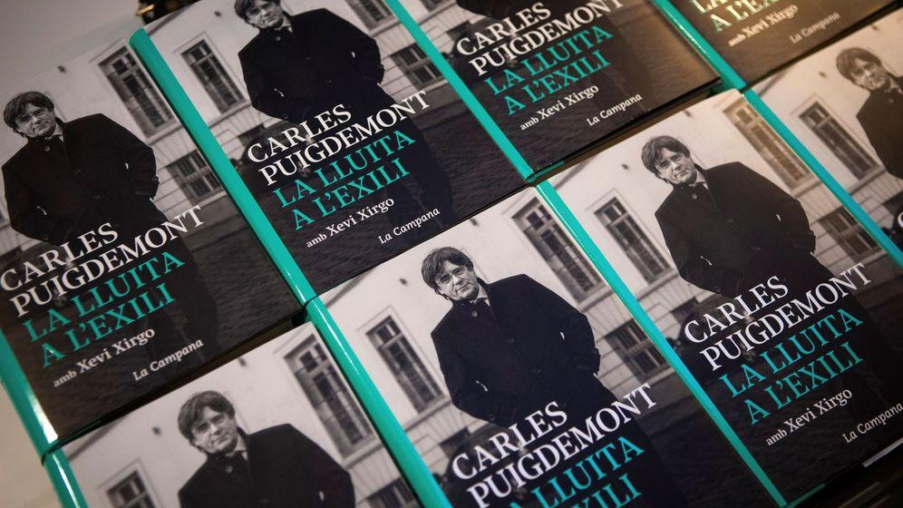 Foto: Presentación del libro 'La lluita a l'exili', de Carles Puigdemont. (EFE)