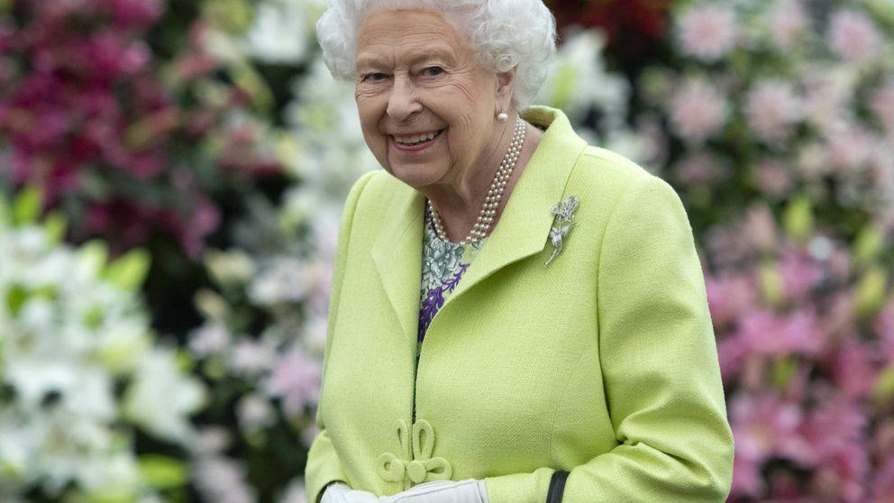 Isabel II estuvo en su casa con personal infectado, según fuentes cercanas a Palacio