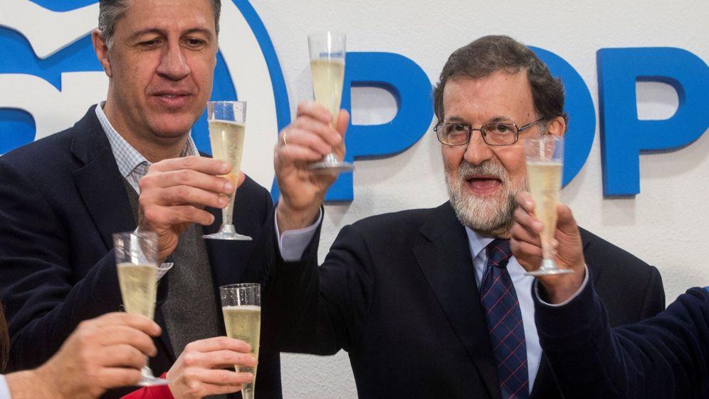 Foto: Albiol y Rajoy en un acto de campaña. (EFE)