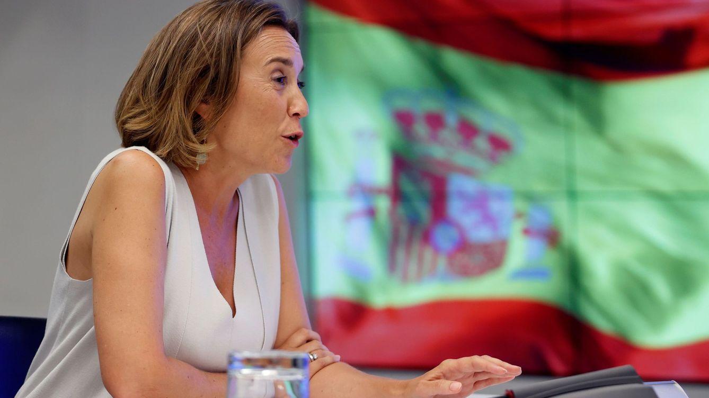 Cuca Gamarra: sobrevivir a Madrid y a la sombra de Cayetana
