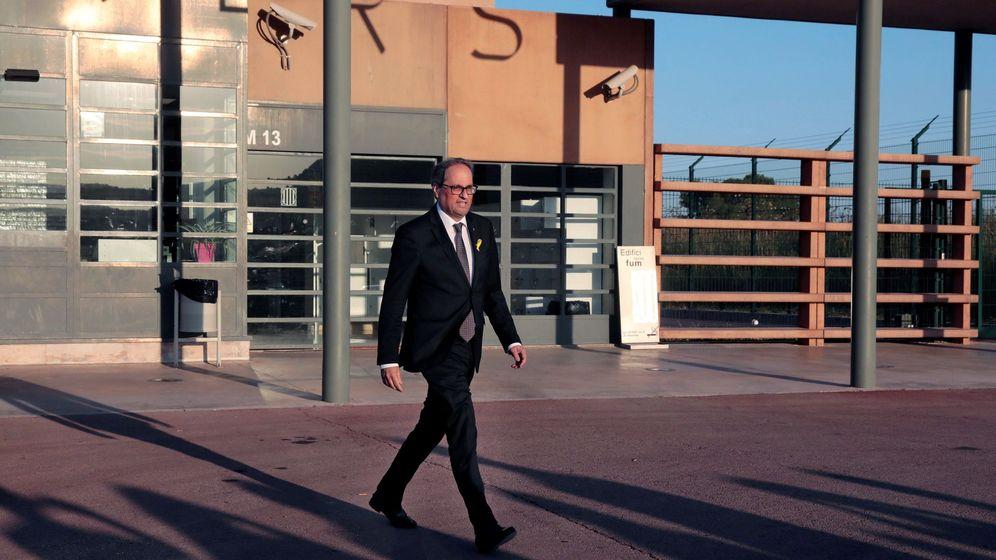 Foto: Quim Torra a la salida del centro penitenciario 'Els Lledoners' en una imagen de julio. (EFE)