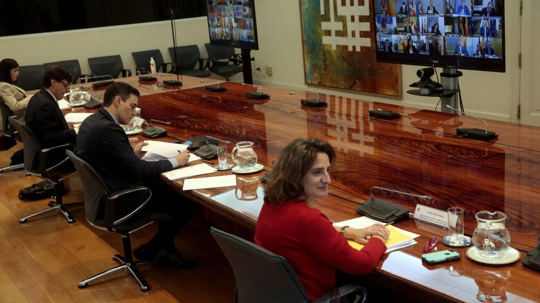 Los barones del PSOE piden que el fondo del covid penalice CCAA con rebajas fiscales