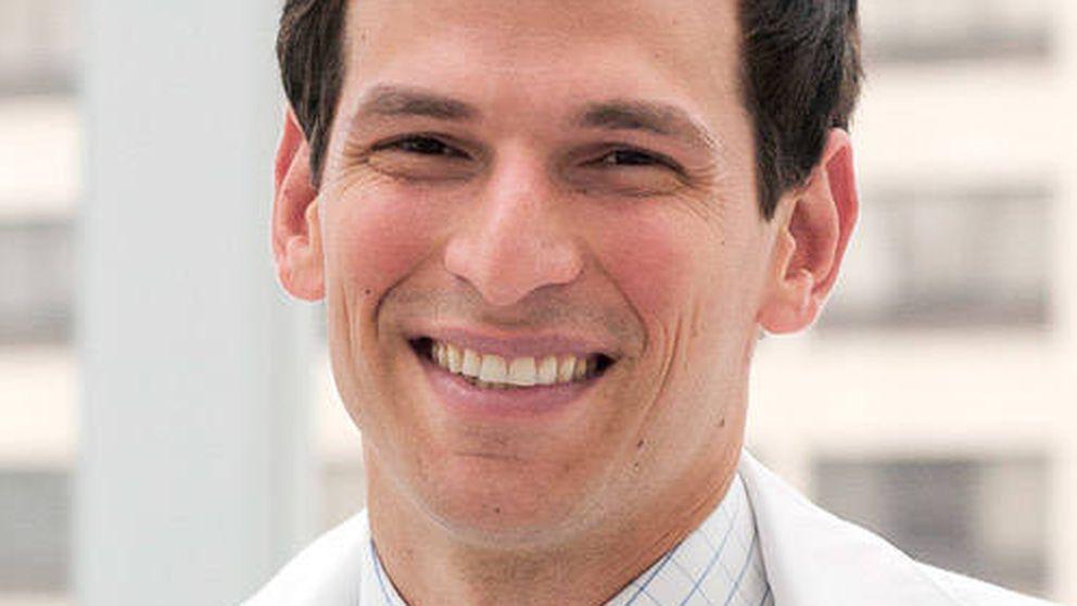 El médico que experimentó consigo mismo y ahora puede salvar muchas vidas