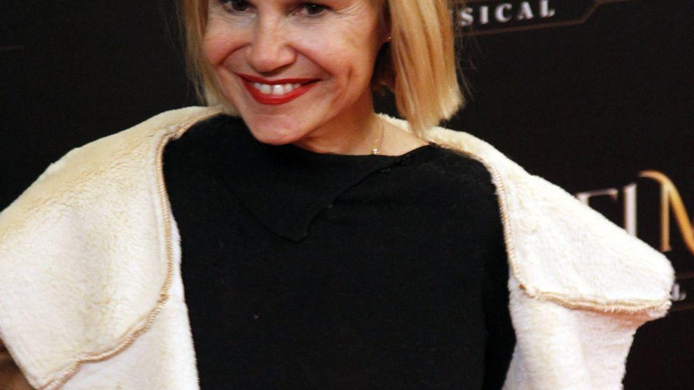 Eugenia Martínez de Irujo no se quita sus plataformas de influencer