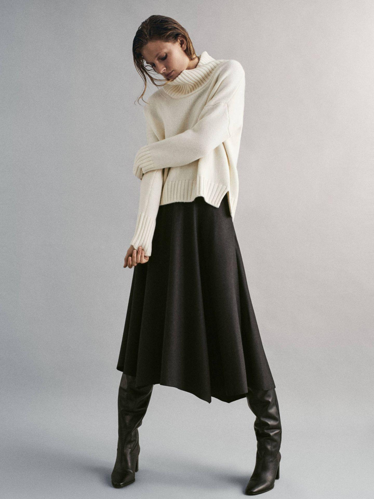 Encontramos el jersey perfecto para esta falda de Massimo Dutti. (Cortesía)