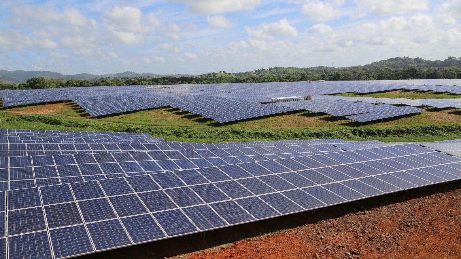 Foto: La empresa danesa invirtió en fotovoltaica en España. (EFE)