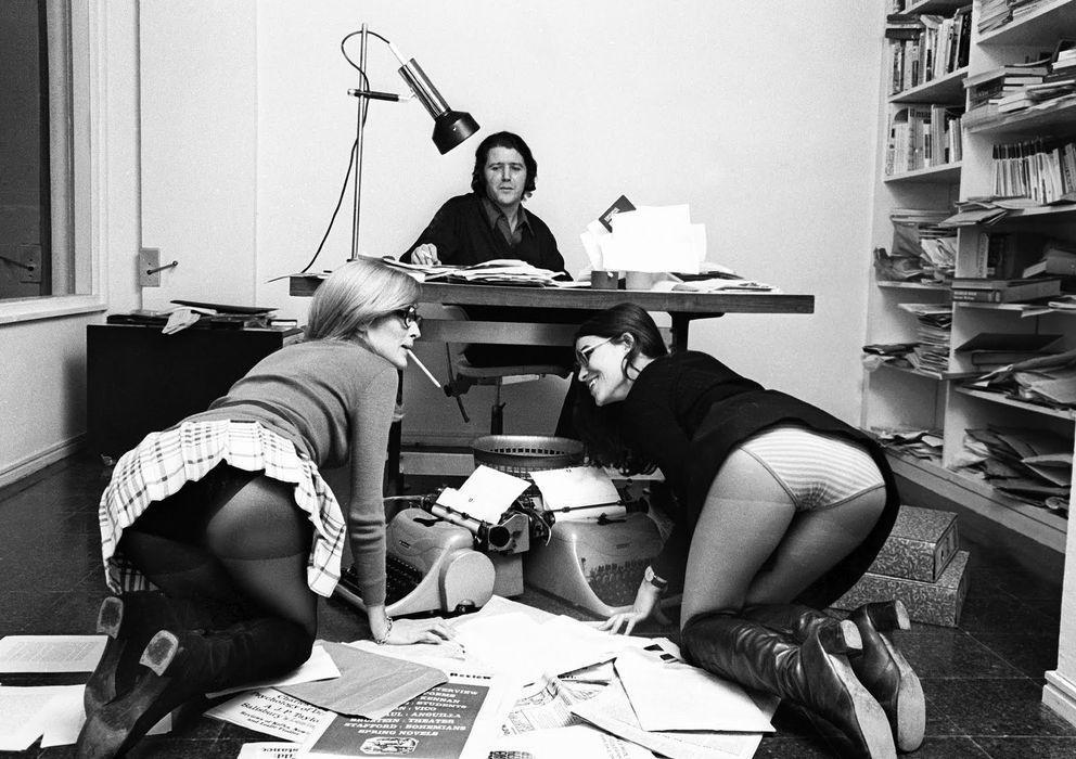 Foto: El editor Jorge Herralde junto a Coral Majó y Anna Bohigas (Colita)
