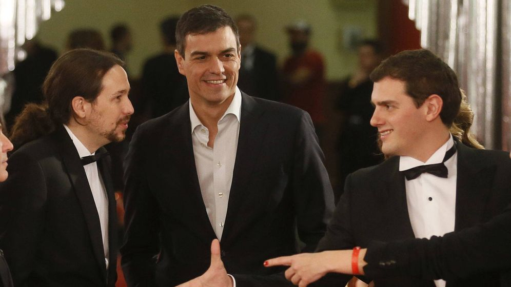 Foto: Los tres líderes en los Goya 2016. (EFE)