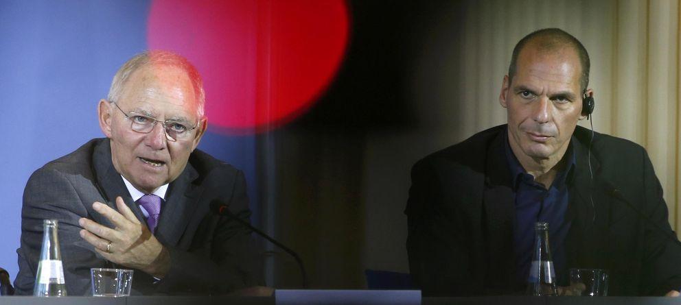 Foto: Wolfgang Schaeuble (ministro de finanzas alemán) y su homólogo griego, Yanis Varufakis (Reuters)
