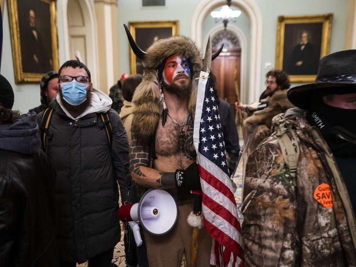 Foto: Fotografía de la toma del Capitolio.  (EFE)