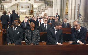Guinea, en cólera por el trato dado a Obiang en el funeral de Suárez
