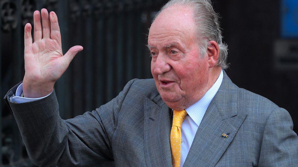 Foto: Don Juan Carlos, tras la reunión mantenida con el presidente electo de Chile. (EFE)