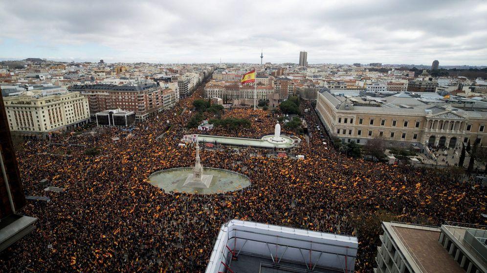 Foto: Concentración en la Plaza de Colón de Madrid. (EFE)