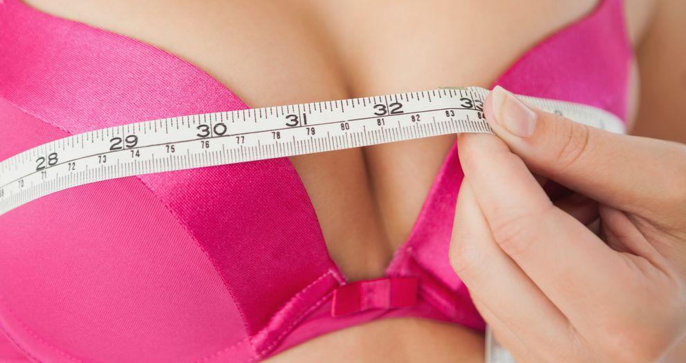 Foto: El tamaño y la forma de las tetas de las mujeres son una obsesión para ambos sexos, pero a ellas les pueden causar importantes trastornos. (Corbis)