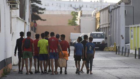 El proceso de devolución vuelve a llenar las calles de Ceuta de niños 'sin techo'