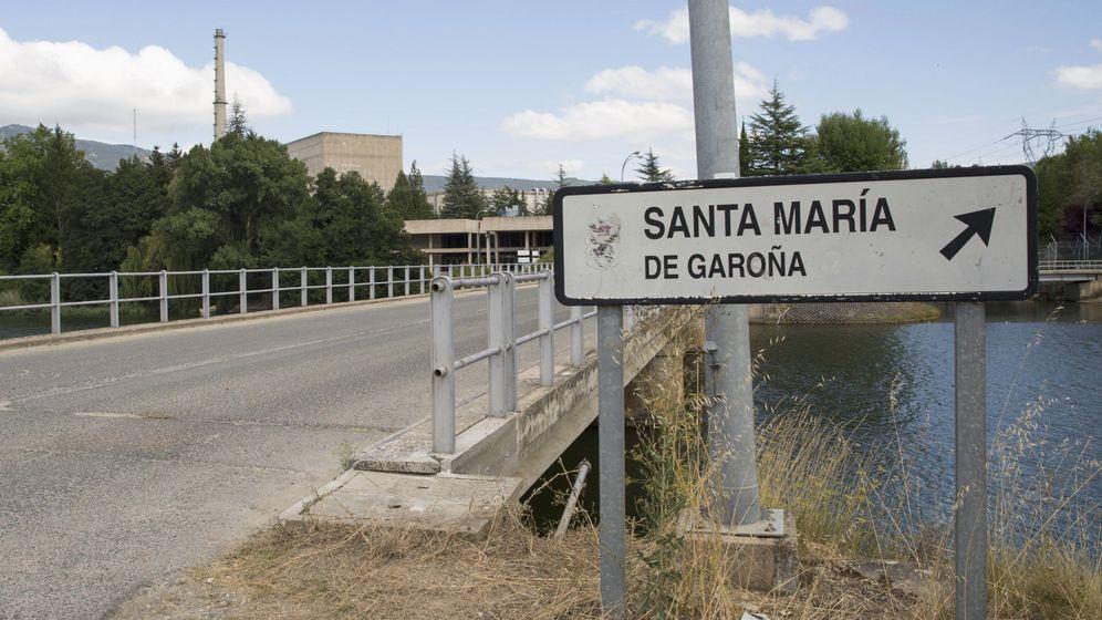Foto: Acceso principal de la central nuclear de Santa María de Garoña (Burgos). (EFE)