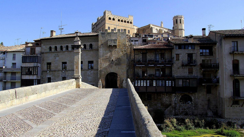 Los molinos son una amenaza para la comarca del Matarraña (Teruel), según denuncian algunos vecinos.