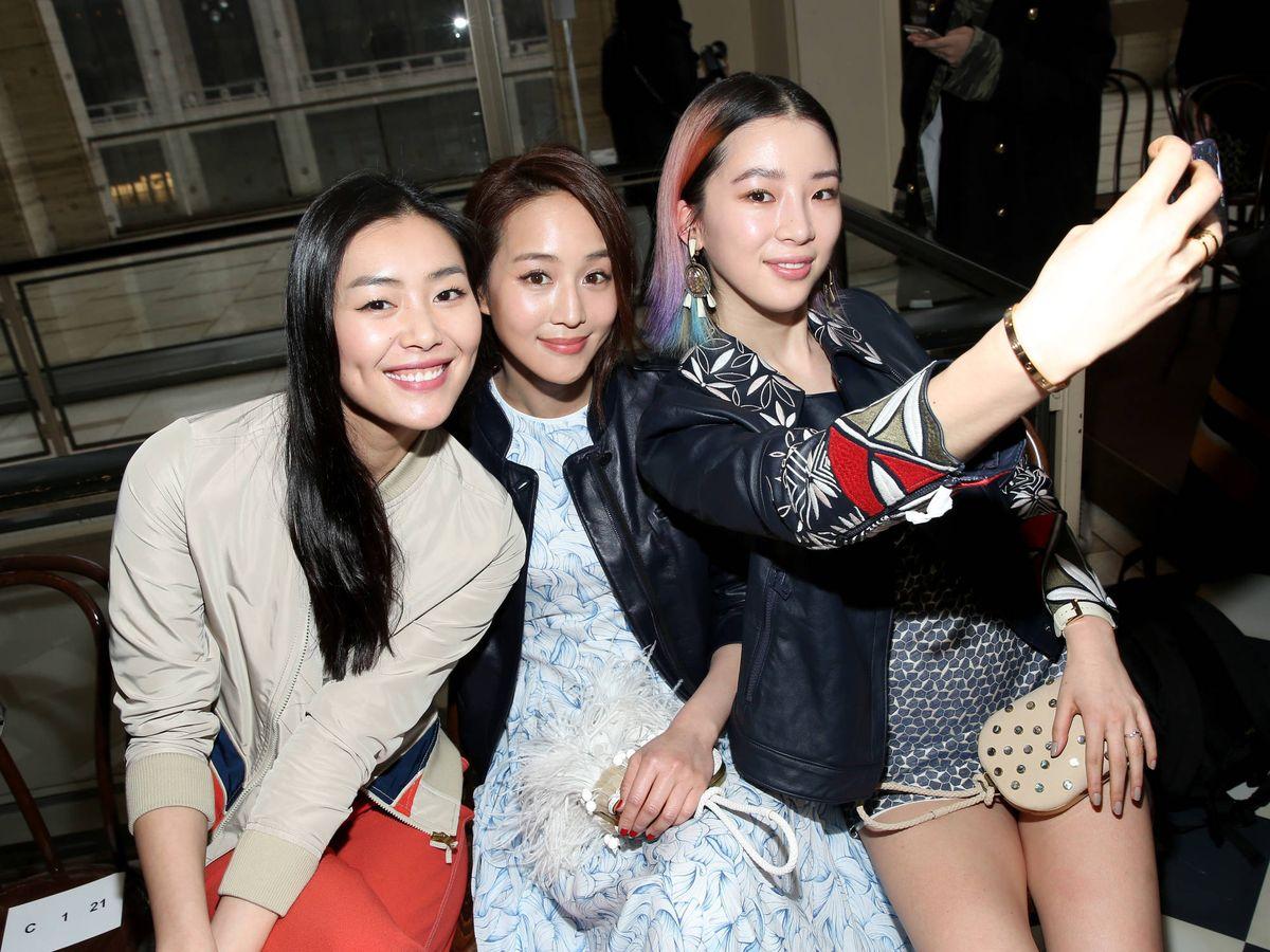 Foto: Liu Wen, Janine Chang e Irene Kim, en la Semana de la Moda de Nueva York de 2016. (Getty)