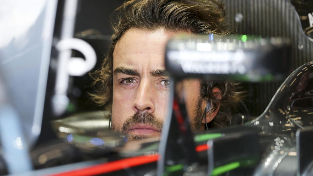 Foto: Fernando Alonso, en su monoplaza, durante la clasificación del Gran Premio de Bélgica.