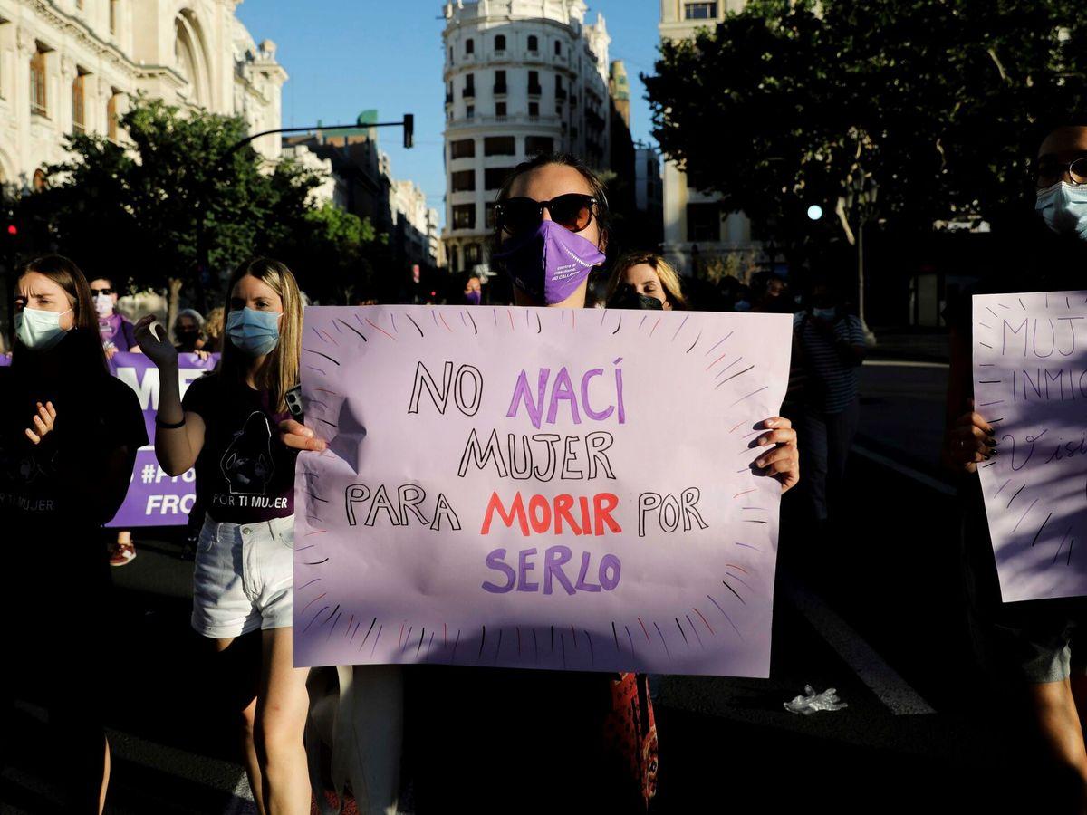Foto: Manifestación feminista en Valencia. (EFE)