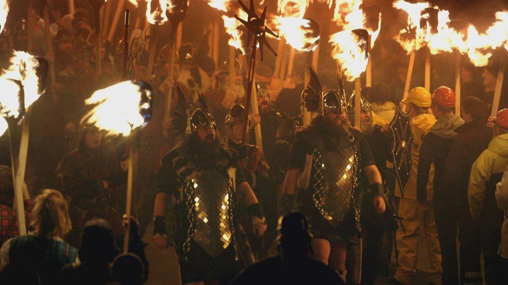 Foto: Imagen de la serie documental 'Descubriendo a los vikingos'. (DMAX)