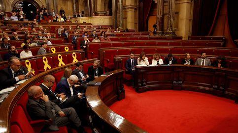 Puente aéreo en el Parlament:  9 diputados dejan Cataluña para irse a Madrid