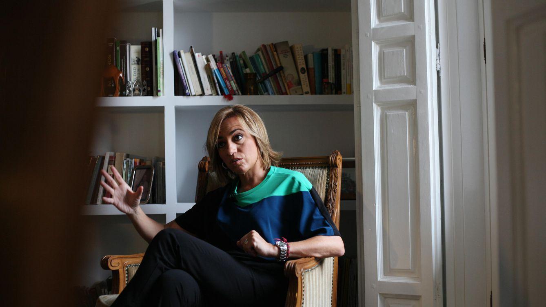 Foto: La candidata del PSC, Carme Chacón durante una entrevista con 'El Confidencial'. (E. Villarino)